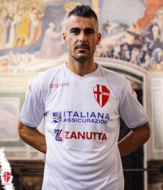 La nuova maglia del Padova firmata Kappa