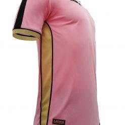Inserti laterali in oro, prima maglia Palermo