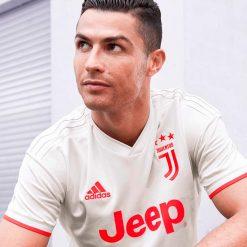 CR7 maglia Juve away
