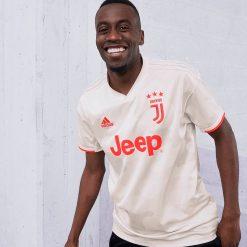 Matuidi con la seconda maglia della Juventus