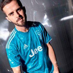 Pjanic, terza maglia Juve