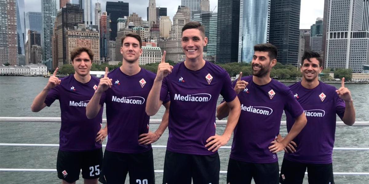 Nuova maglia Fiorentina presentata a New York