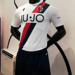 Kit Bologna away 2019-20