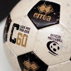 Dettaglio pallone Erreà Serie C