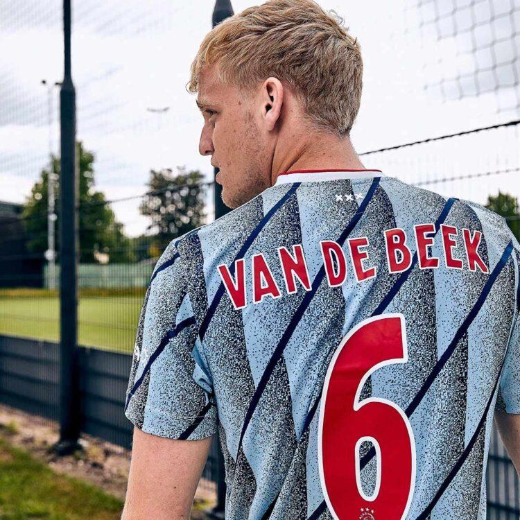 Font maglia Ajax 2020-2021 trasferta