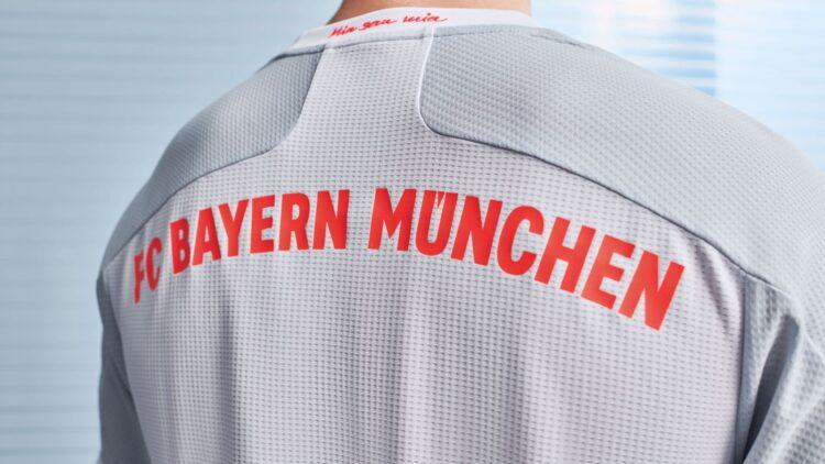 Bayern Away 20-21 retro