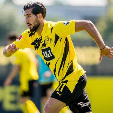 Emre Can con la nuova maglia del Borussia Dortmund