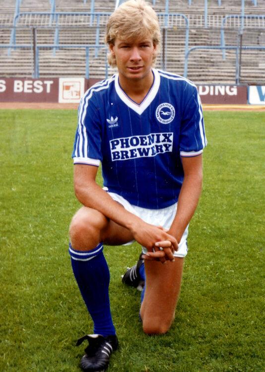 Hans Kraay, maglia Brighton 1983-85