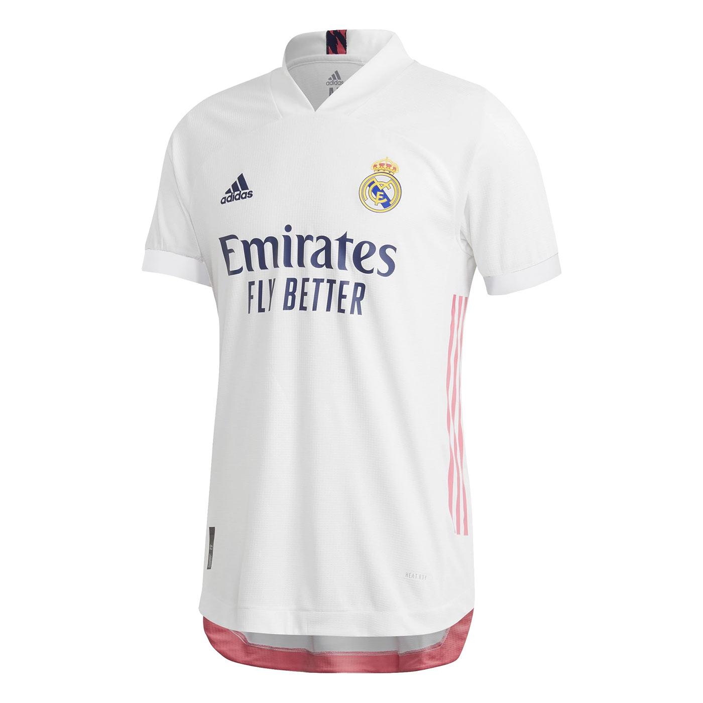 Maglia Real Madrid 2020-2021, che novità il rosa per i dettagli!