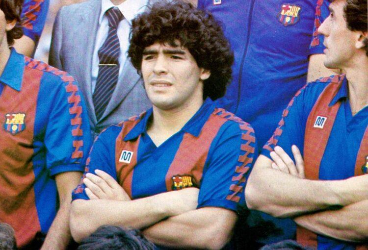 Maradona al Barcellona, maglia Meyba
