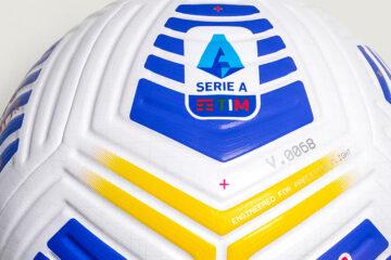 Il nuovo pallone Nike Flight Serie A
