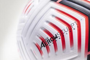 Nike AerowSculpt tecnologia pallone Premier