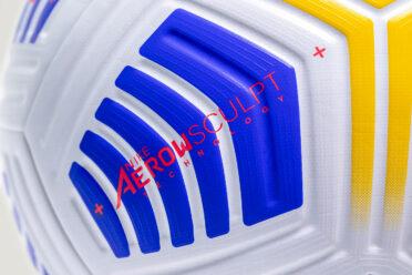 Scanalature Nike Aerowsculpt pallone