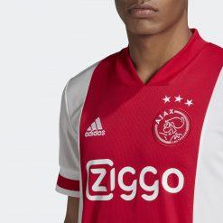 Ajax dettaglio fronte e colletto a V