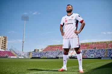 Joao Pedro divisa Cagliari trasferta 2020-21