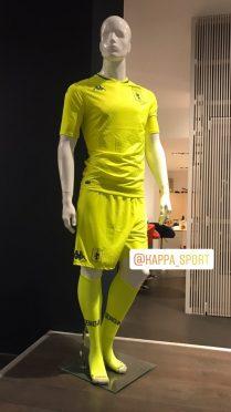 Divisa portiere gialla Genoa 2020-21