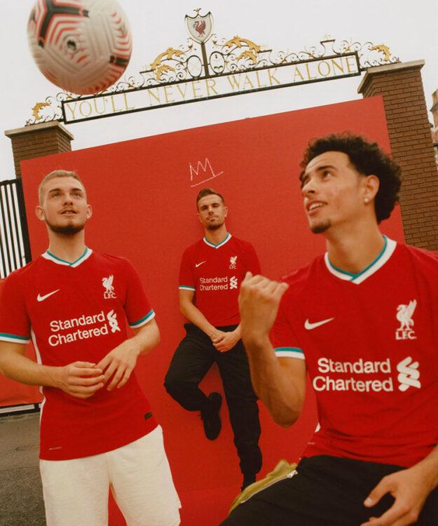 Presentazione nuova maglia Liverpool 2020-21