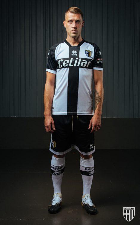 Kit Parma 2020-2021 Erreà