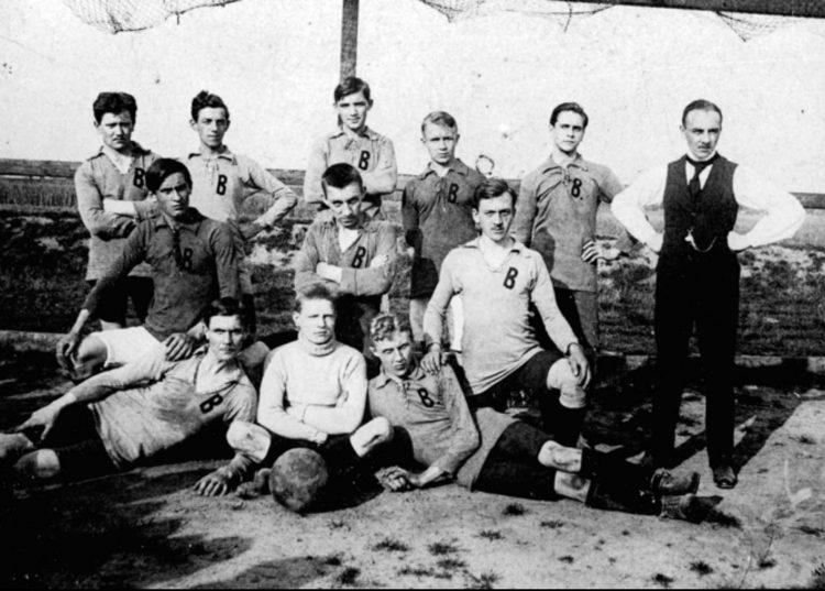 prima divisa da gioco giallo nera 1913