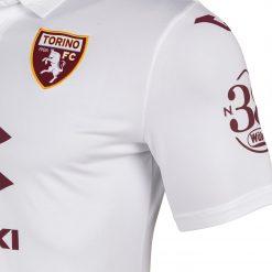 Stemma Torino su maglia trasferta