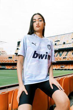 Terza divisa Valencia 2020-21 artistica