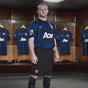 Rooney divisa Manchester United away 2011-12