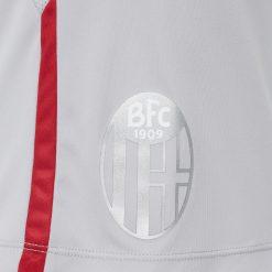 Pantaloncini Bologna trasferta 2020-21 stemma