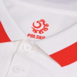 Polonia dettaglio colletto