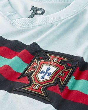 P interno collo Portogallo