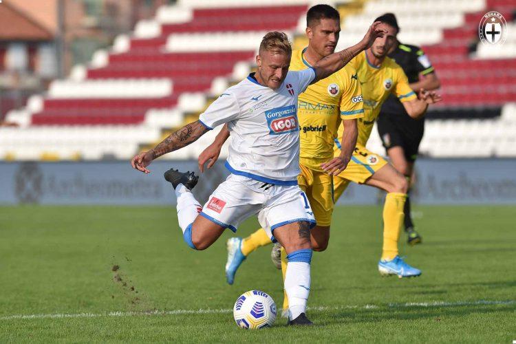 Divisa trasferta Novara Calcio 2020-21