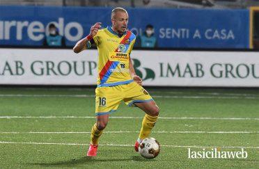 Terza maglia Catania 2020-2021 gialla