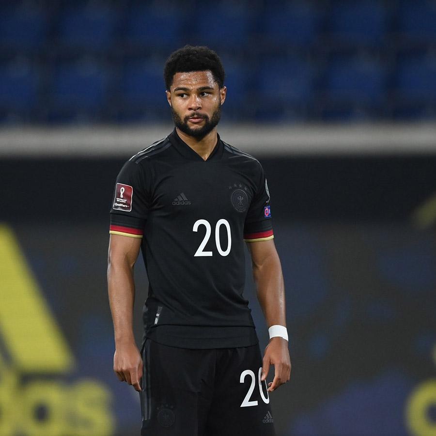 Seconda maglia Germania Europei 2021, un look tutto nero!