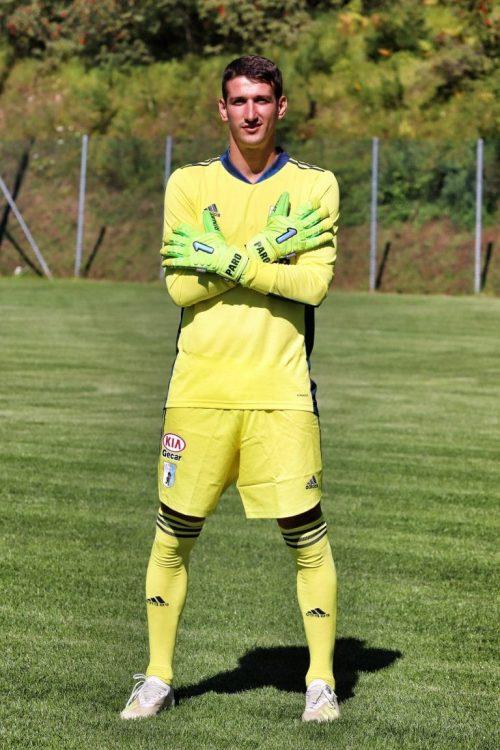goalkeeper-away-entella-panorama-20-21