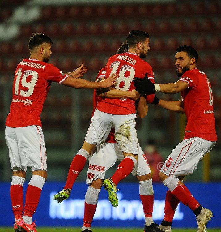 Font Perugia 2020-2021 Frankie Garage