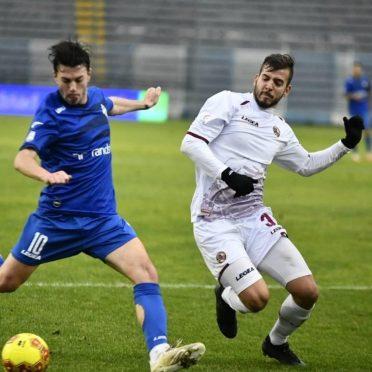 Kit away Livorno 2020-2021 bianca
