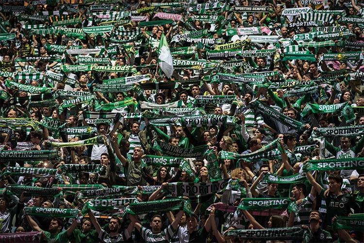 Sciarpata tifosi Sporting Lisbona
