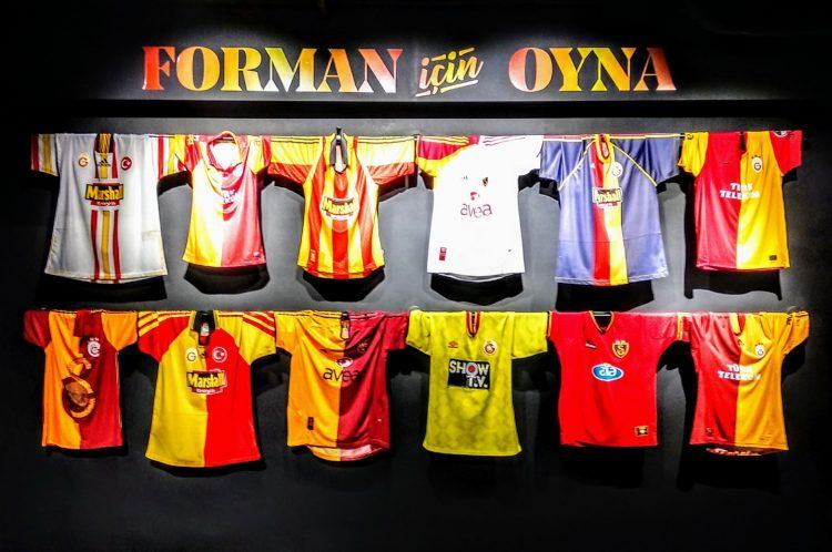 Maglie storiche Galatasaray esposte al museo