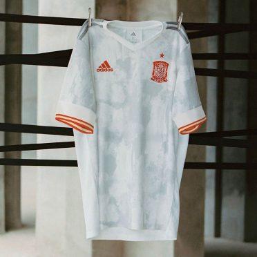 Spagna seconda maglia Europei 2021 Adidas