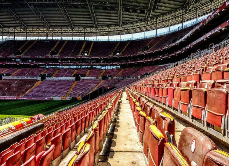 Türk Telekom Arena spalti