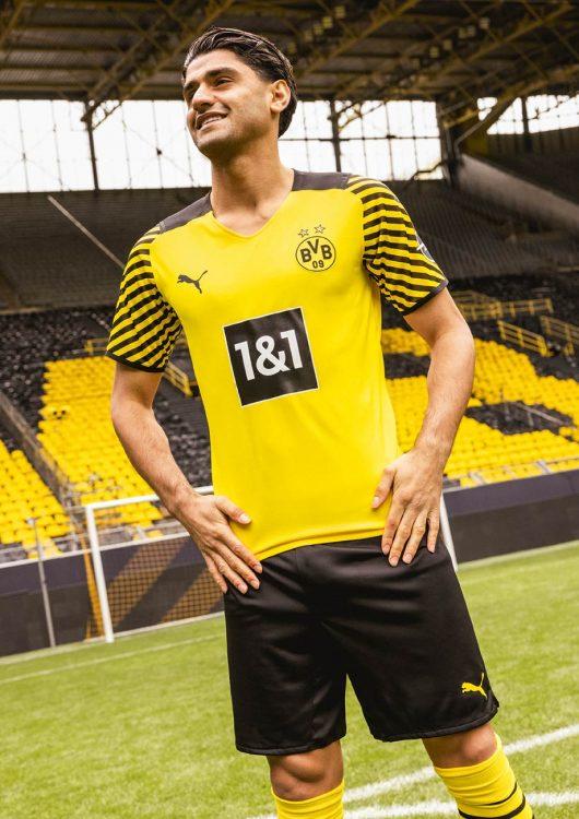 Dahoud kit Borussia Dortmund 2021-22