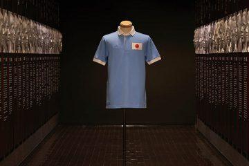 La maglia per i 100 anni della nazionale del Giappone