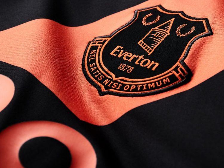 Everton Crest 2
