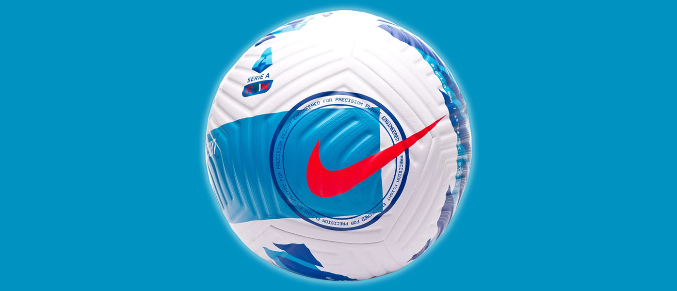 Il nuovo pallone della Serie A 2021-2022