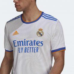 Dettaglio tessuto prima maglia Real Madrid