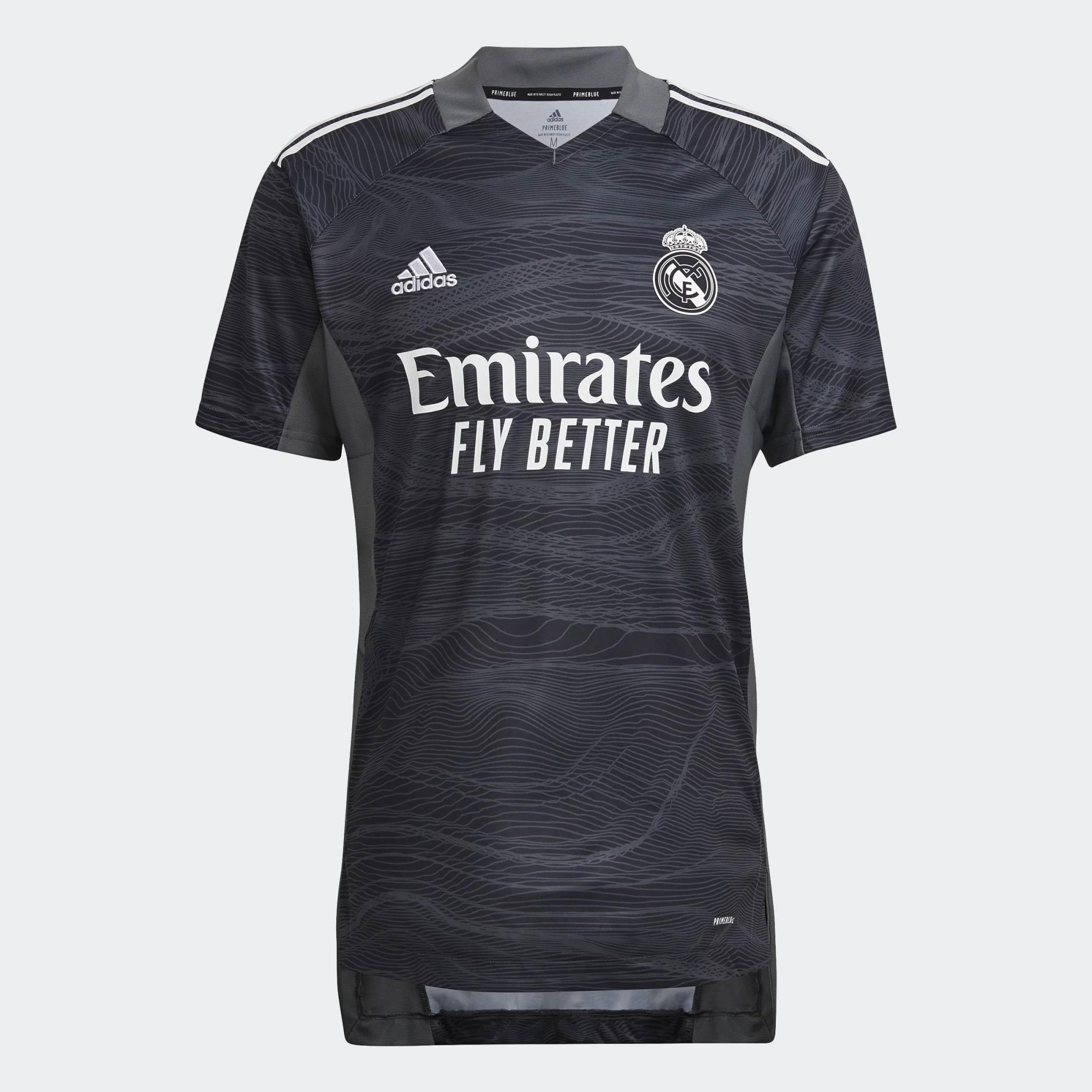 Maglia Real Madrid 2021-2022, arancio e blu per i Blancos