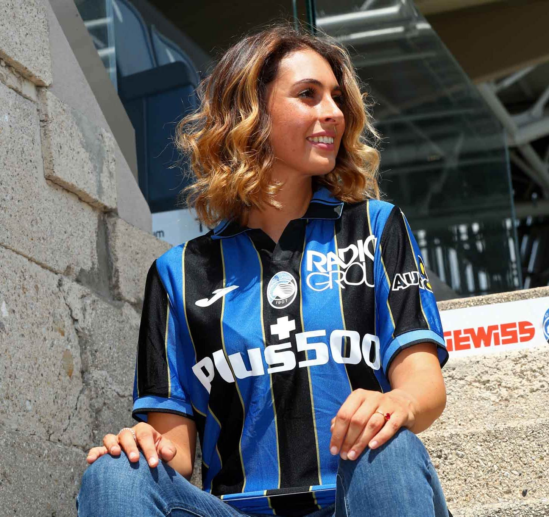 La prima maglia dell'Atalanta 2021-2022