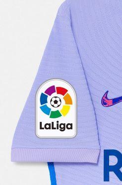 Logo Liga sulla manica, maglia Barcellona