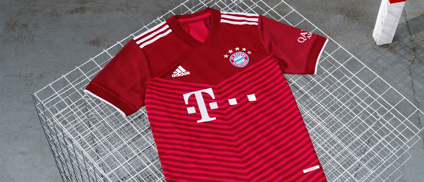 La nuova maglia del Bayern Monaco 2021-2022