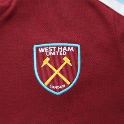 Stemma West Ham sulla maglia