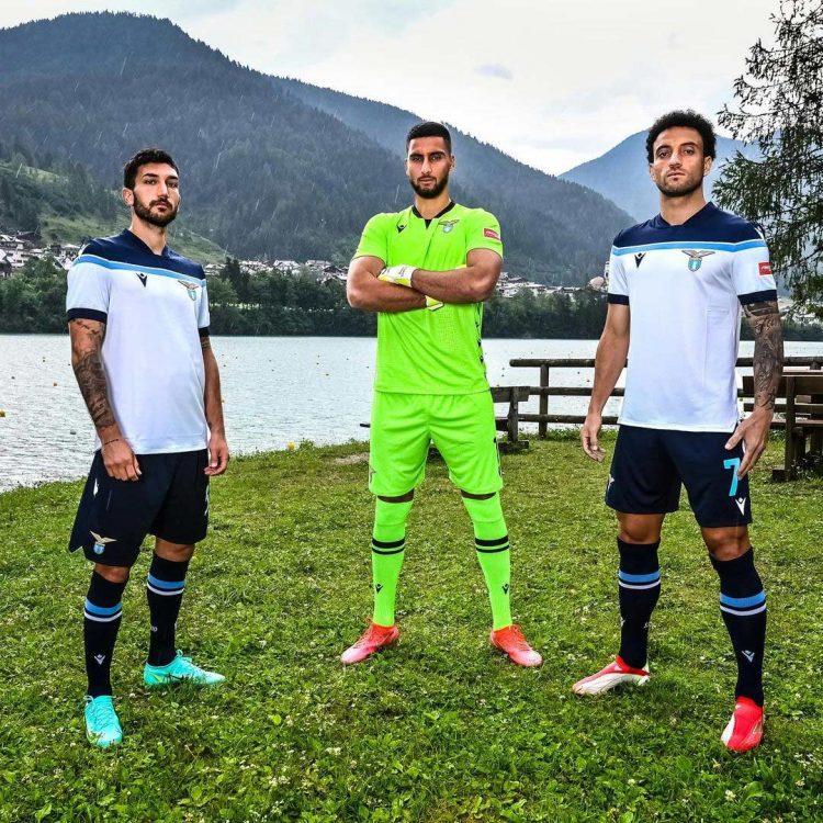 Kit away Lazio 2021-22 Macron